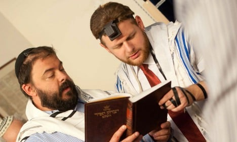Hospital stops ops after circumcision ruling