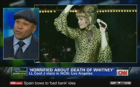 CNN mix-up crowns Whitney drag act