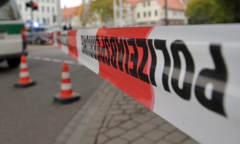 Police evacuating for bomb disposal find body