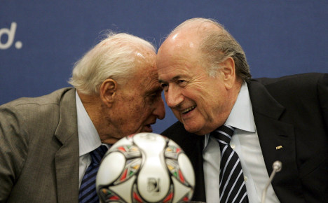 Germans call for action on FIFA bribery claims