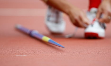 Athletics official dies after javelin accident
