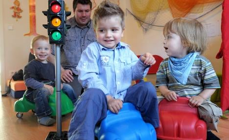 Ex-family ministers: child care cash humiliating