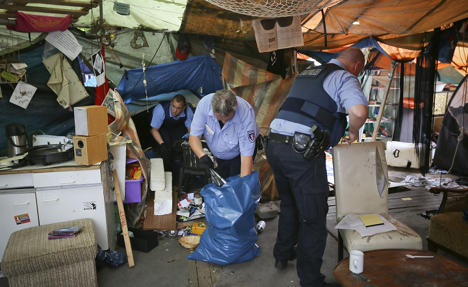 Clearing begins at Frankfurt 'Occupy' camp