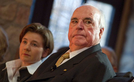 Kohl has heart surgery to tackle health problems