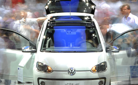 VW 'to make 300,000 fewer cars this year'