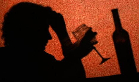 Alcoholism 'costs about 20 years of life'