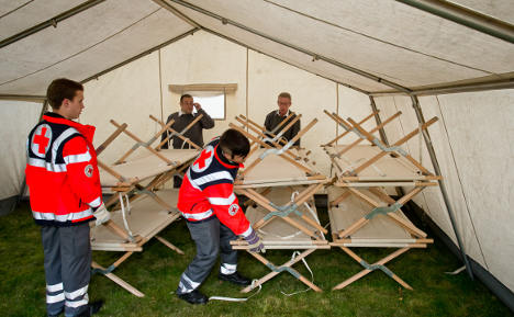 Refugees in Bavaria have to sleep in tents