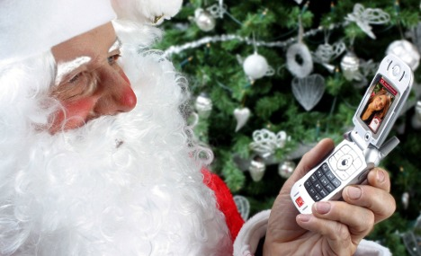 Businesses call for email-free Christmas
