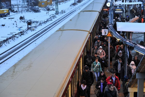 This didn't prevent transport chaos from striking, with S-Bahn services seriously delayed on SundayPhoto: DPA