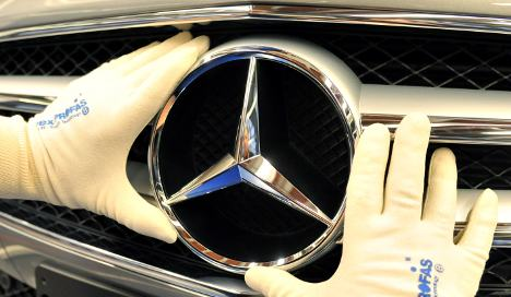 Daimler says Mercedes on track for record 2012