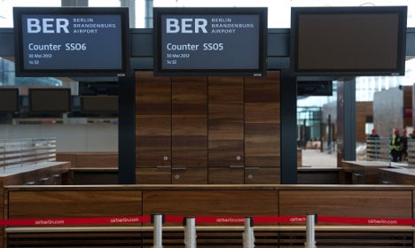Minister: Berlin airport date is in danger