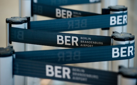 New Berlin airport delay forces mayor from board