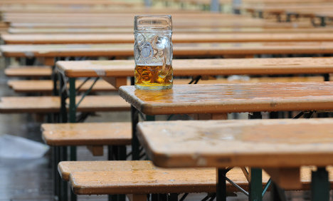 94-year-old escapes hospital for birthday beer
