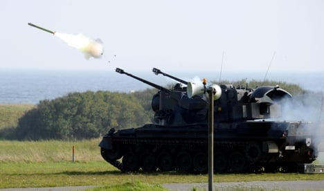 Politicians warn against more defence cuts