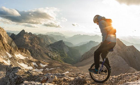 German student takes unicycling to the extreme