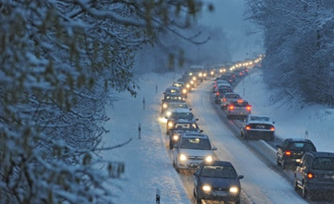 Wintry blast heads south and west