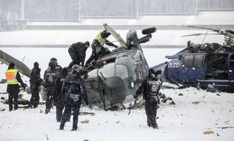 Police helicopters collide over Berlin