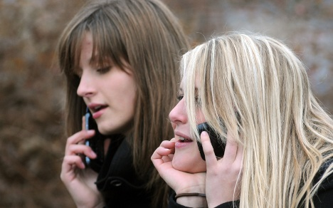 Young Germans happy to answer phone on loo