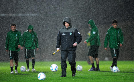 Bundesliga may switch to summer and avoid mud