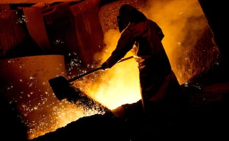 Pay deal for metal workers averts strike