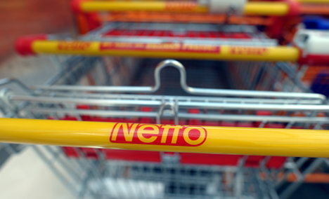 Netto pioneers mobile phone payments