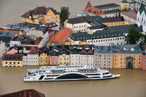 Passau<br>Surrounded by three rivers, Passau in Bavaria is in a state of crisis.Photo: DPA