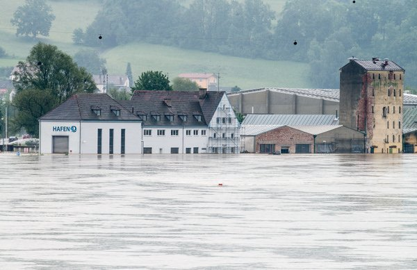 Deggendorf<br>On Tuesday, a large dam in Deggendorf burst and plunged the sleepy town underwater. Photo: DPA