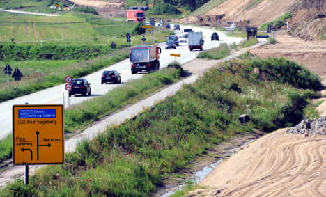 CDU to 'spend more money on roads'