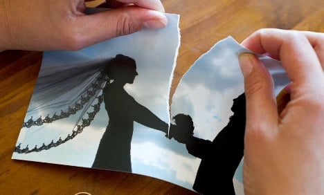 Divorcees wait longer to call it a day