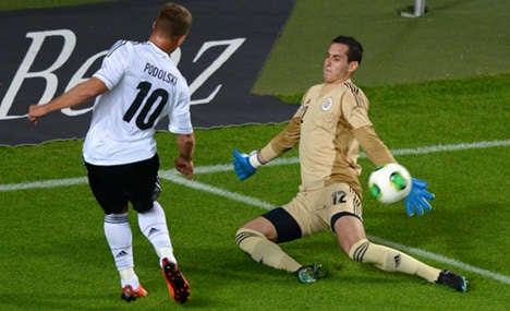 Paraguay draw 'warning' for jittery Germany