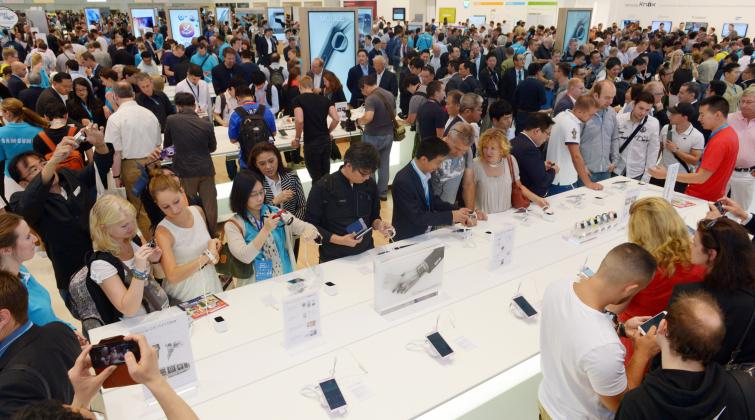 On Friday thousands up tech enthusiasts visited the IFA electronic fair in Berlin to check out the latest gadgets. Photo: DPA