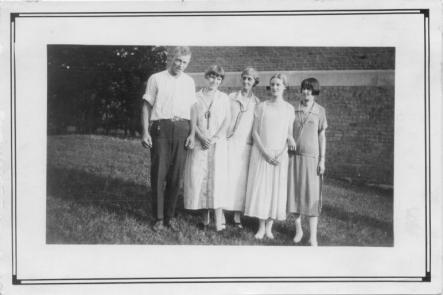 Mildred (second from right) probably with her mother in 1922Photo: Courtesy of Eric Carlson