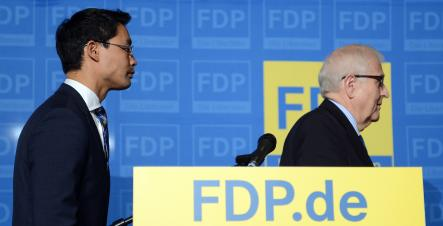 FDP leader Philipp Rösler (left) resigned on Monday after the party's disastrous election performance, joining four of his fellow FDP ministers, including foreign minster Guido Westerwelle.Photo: DPA