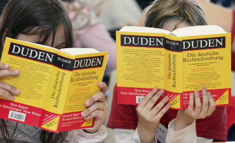 German dictionary wins prize... for bad German