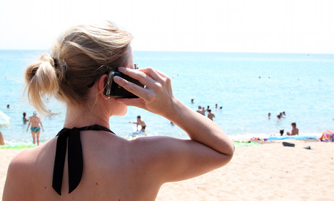 EU roaming charges 'to go by July 2016'