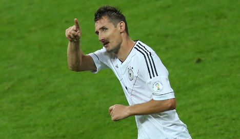 Klose equals Müller's Germany goal record