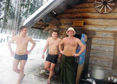 3) Too many clothes<br>The Brits do no appreciate public displays of nudity unless they are horribly drunk. That extends to places where it really is best to be naked and where Germans are used to ditching clothes such as saunas and nudist beaches. Photo: DPA