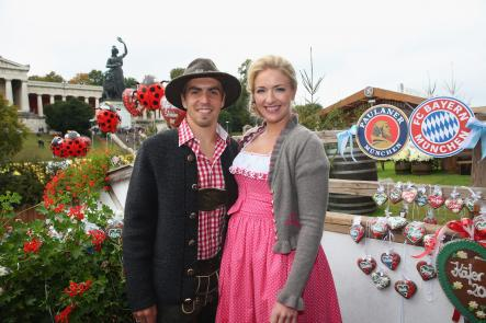 Bayern Munich captain Philipp Lahm poses with wife Claudia.Photo: DPA