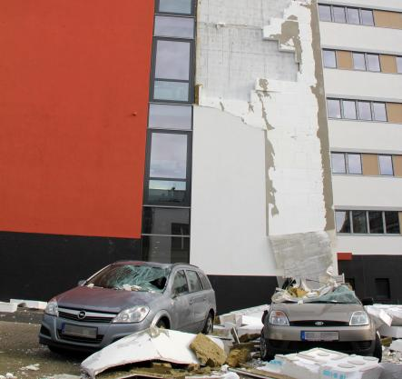 Part of the facade of a university building in Göttingen, Lower Saxony which collapsed.Photo: DPA