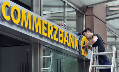 Mass job cuts see profit rise for Commerzbank