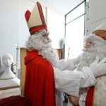 On Friday morning Nikolaus  left gifts for children across the country – as he does every year on December 6th.Photo: Felix Kästle/dpa
