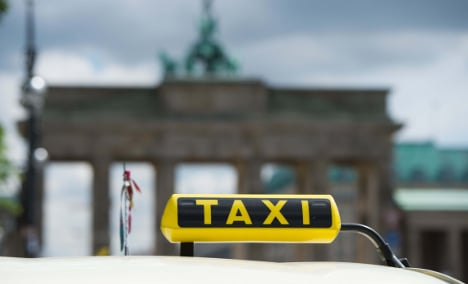 Taxi driver 'charged €400 for tourist's airport ride'