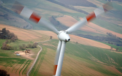 Minister plans cuts in renewable energy cash