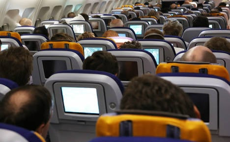 Lufthansa expands in-flight electronic usage