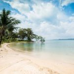 """Koh Chang (cont'd). Cold and rain versus crescent beach. Take your pick. <b><a href=""""http://www.holidaylettings.co.uk/rentals/koh-chang/1296461?utm_source=The+Local+Sweden&amp;utm_medium=CPA&amp;utm_campaign=Search+now+button"""" _blank""""="""""""">Find out more here</a>.</b>Photo: Holiday Lettings"""