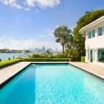 """Miami Beach: Picture the scene - you're in this incredible house on the Venetian Islands, sipping on a cocktail and thinking of your friends back in Germany. And you're laughing. Maniacally. <b><a href=""""http://www.holidaylettings.co.uk/rentals/miami-beach/1129160?utm_source=The+Local+Sweden&amp;utm_medium=CPA&amp;utm_campaign=Search+now+button"""" _blank""""="""""""">Find out more here</a>.</b>Photo: Holiday Lettings"""