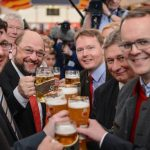 Schulz raises a glass with fellow party officials at the Social Democrats' rally in Bavaria.Photo: DPA