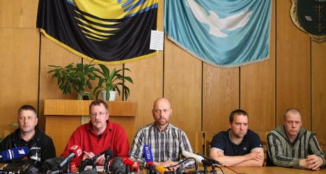 Germany: Hostage talks with militia 'difficult'