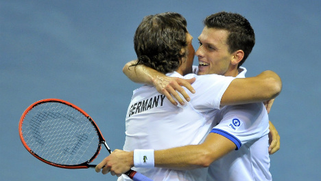 Germany's outsiders stun France in Davis Cup