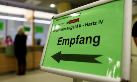 German jobless rate rises in July